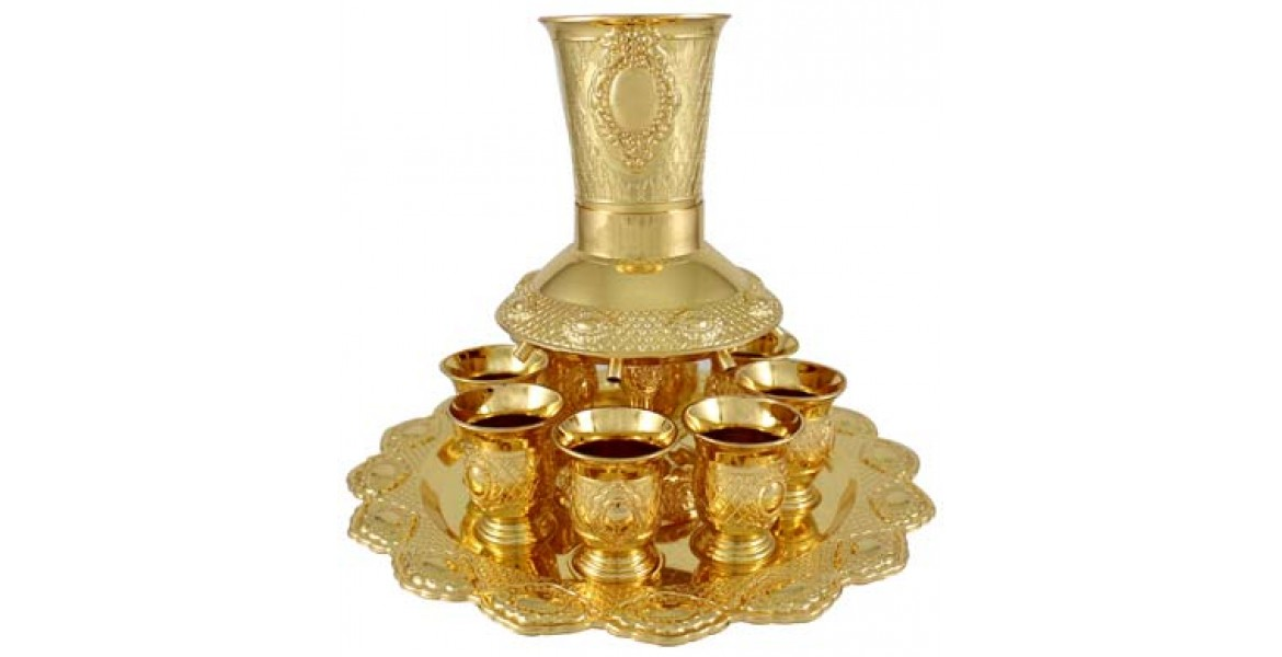 Gold Plated Wine Divider Fountain With Gold Cups