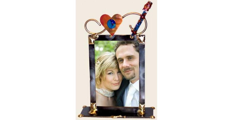 Simple 5x7 Wedding Frame Designed By Gary Rosenthal