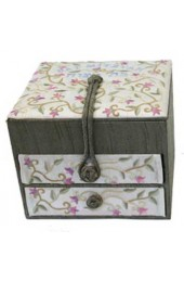 Embroidered Bat Mitzvah Jewelry Box - Flowers